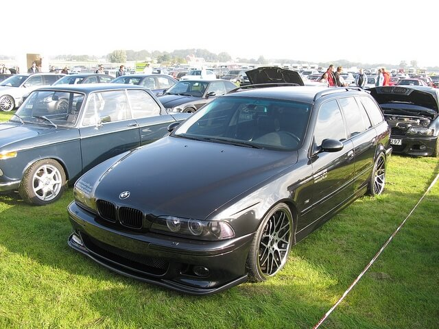 bmw e39 touring kombi sto stange hinten f pdc abs. Black Bedroom Furniture Sets. Home Design Ideas